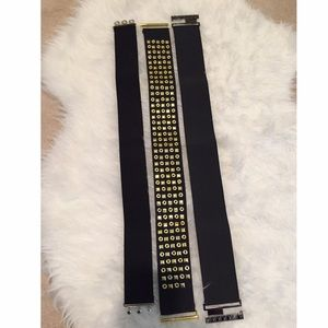 NWOT Bundle of elastic belts