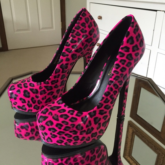 70 shoes pink cheetah pumps from s closet
