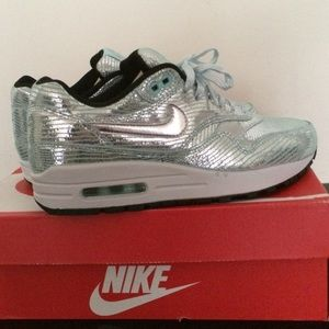 Nike Shoes - Nike Air Max 1 Premium QS sneakers (rare)