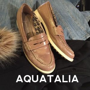 AQUATALIA Designer Loafers in Taupe