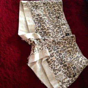Hot kiss cheetah shorts