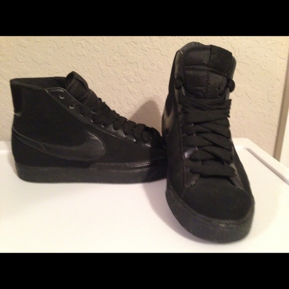 uk availability 257a7 5a443 Women s Nike Blazer Triple Black Suede Mid. M 5504e1ce2de5122f5a006c96.  Other Shoes ...