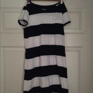 White and navy blue stripped dress