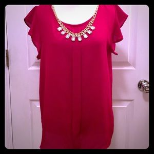 Tops - ❤️NWT❤️Red Blouse w/Detachable Necklace  Large