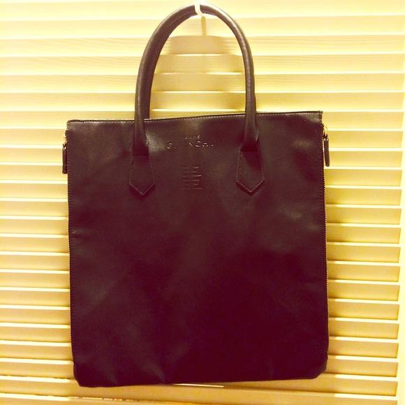 5f09a6db1507 Givenchy parfums black shopper