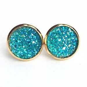 thejeweladdict Jewelry - 3 for 15🎀turquoise flat Drusy style gold studs