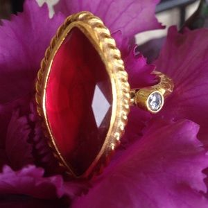 🎉HOST PICK 6/29/15🎉 22k YG .925 Topaz Ring Sz 5