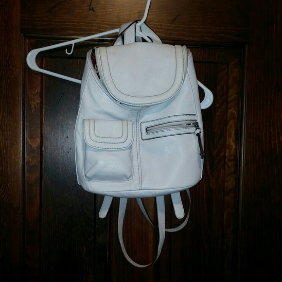 a72a1785b1 tignanello white leather backpack purse. M 5505bb7bb4188e1e9500908a