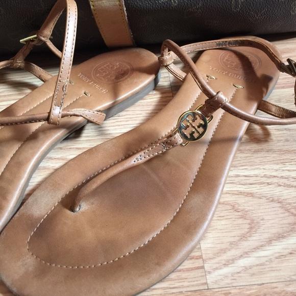 b3618ea86e62a Tory Burch Shoes - 🆕! Tory Burch Emmy leather thong sandals flats