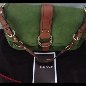 Sale$ ⬇️⬇️Authentic Coach leather bag gently used