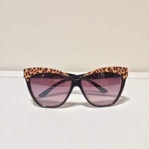 Cat eye sunglasses leopard print black sunnies