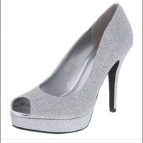 25 payless shoes prom heels from s closet on