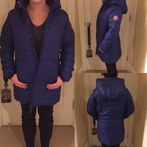 36a3f576c76 Canada Goose Camp Hooded Jacket