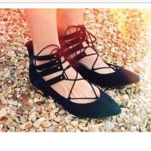 Shoes - Lace up flats