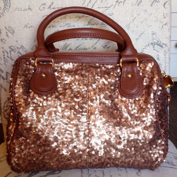 Deux Lux Handbags - Deux Lux Sequin Purse NWT Reduced!