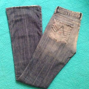 "A pocket jeans/33"" inseam"