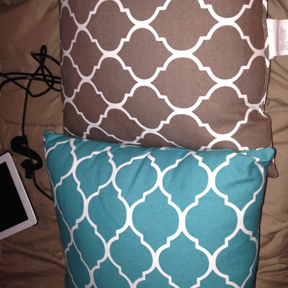 Aqua Brown Decorative Pillows : 45% off Annas Linens Other - Light brown and turquoise decorative pillows from Katherine s ...
