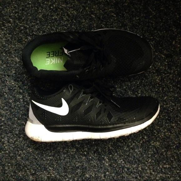 Nike free run 5.0 ; black size 5.5
