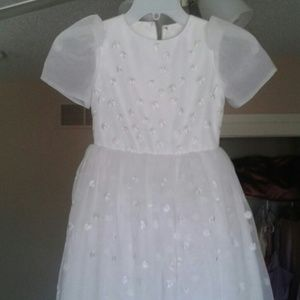 Little Miss Dresses & Skirts - Gorgeous White dress with design