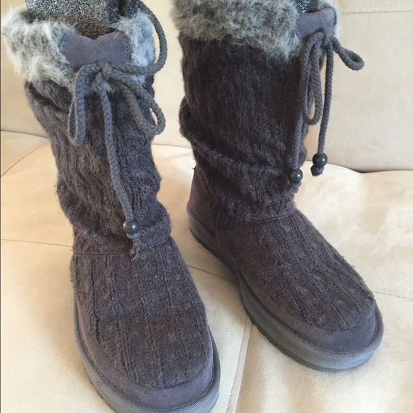 grey skechers boots Sale,up to 31