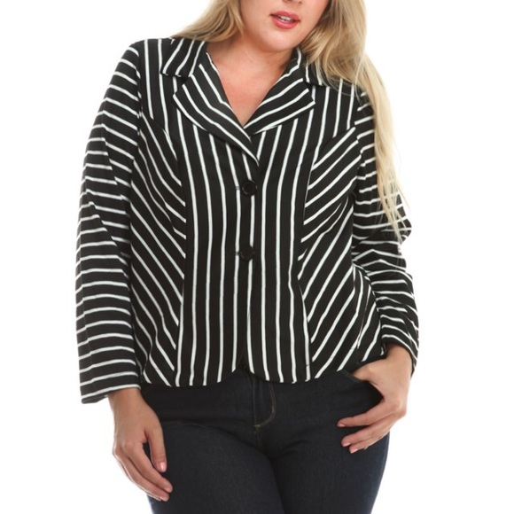 New In Plus Size. PLUS SIZE. ALL PLUS SIZE; Plus Size Tops; Plus Size Dresses; In spring you can always match a cute dress with a pink or a floral blazer looks perfect with a pair of skinny white pants and a black cami top underneath. In Rosegal we have varieties style of blazer, like black & blue color, casual, royal, striped, denim.