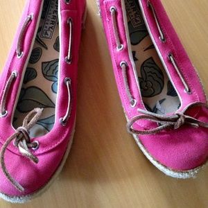 Sperry 7.5 pink slide on shoes with tassels