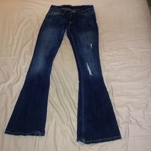Too super low Levi jeans size 3M