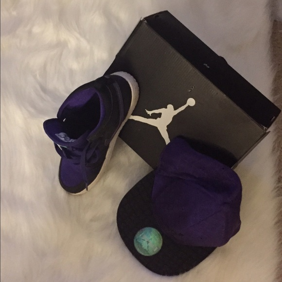 air jordan shoes for girls black. jordan shoes - girls purple/black air jordans and hat. for black e