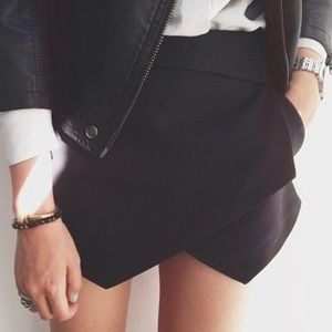 Zara Black Envelope Skort