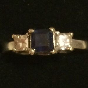 Princess cut Diamonds and sapphires white gold
