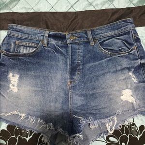 GUESS? High waisted shorts