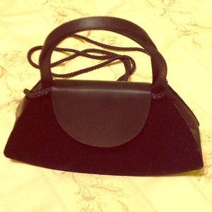 La Regale Handbags - New black purse