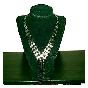 Nwot black/rhinestones necklace