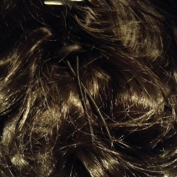 Accessories - ✨NWT DARK BROWN HAIR EXTENSION✨HOLD✨