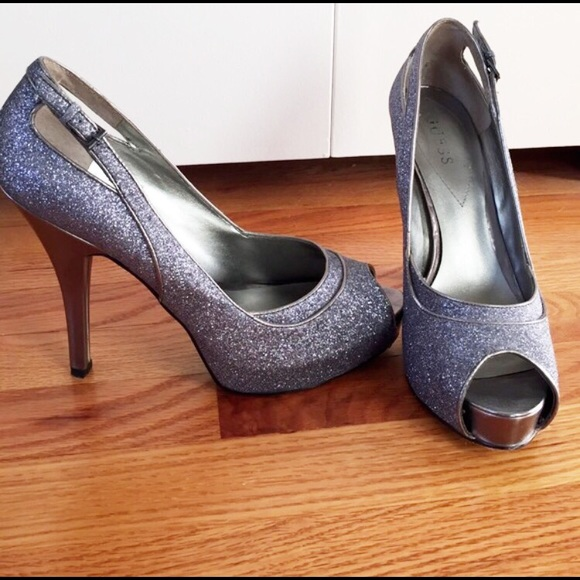 71 guess shoes guess pewter platform heels from