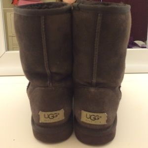 UGG Shoes - AUTHENTIC Brown Uggs