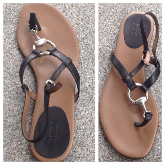 72f8e590ef506d AUTHENTIC GUCCI FLAT HORSEBIT THONG SANDALS 39