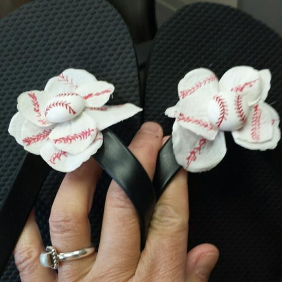d00ea024e413 Custom baseball flip flops