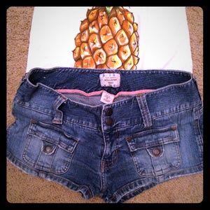 Hollister Denim - Hollister denim shorts - size 7