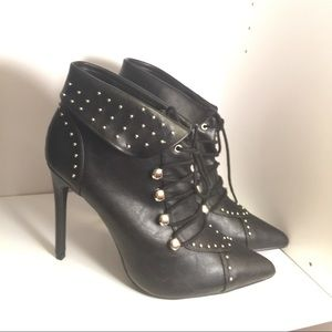 BRAND NEW BLACK ANKLE STYLE BOOTIE