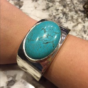 Jewelry - Turquoise Bangle