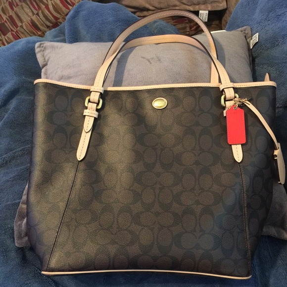 f019f32ae211 ... coupon code for 16 off coach handbags soldcoach brown black and patina  647a3 8145b