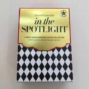 bareMinerals Other - In the Spotlight Gift Set