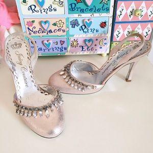 👑Princess Juicy Couture Rhinestone Kitten Heels