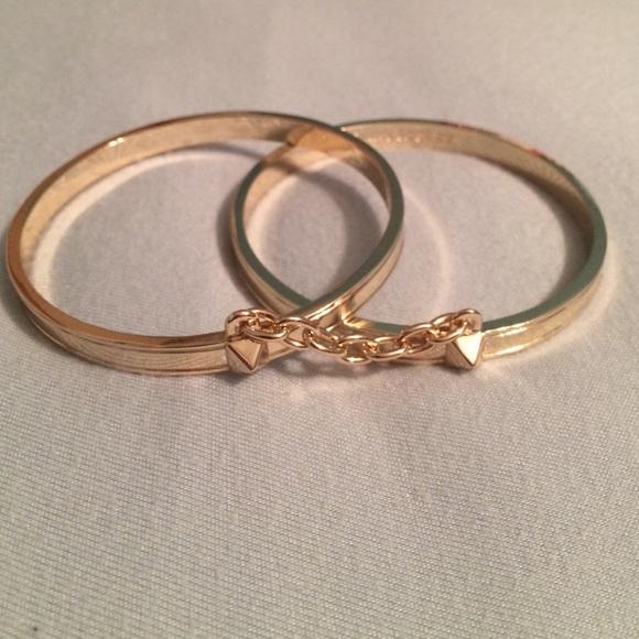 Victoria secret gold handcuff bracelet. M_550a17d59c6fcf69d3005746