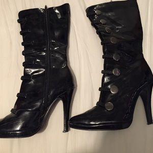Shoes - Black leather boots
