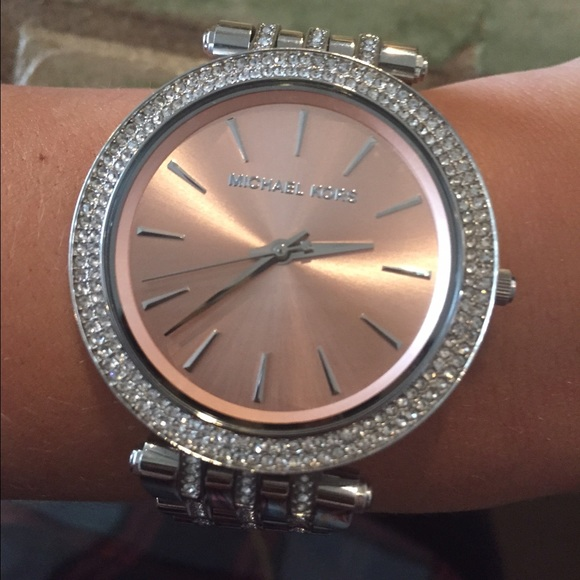 f8a1d76e8663 Michael Kors silver watch with light pink face. M 550a1f12c7dcbf30330059f3
