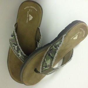 cbee1ca99ea3 Ozark Trail Shoes - SOLD! 💞 New Camo Flip Flops w  Memory Foams Sz