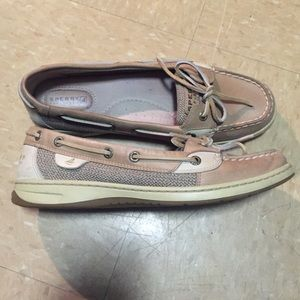 Classic angelfish sperrys in tan