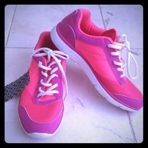H&M Neon Hot Pink Sneaker Shoes 7